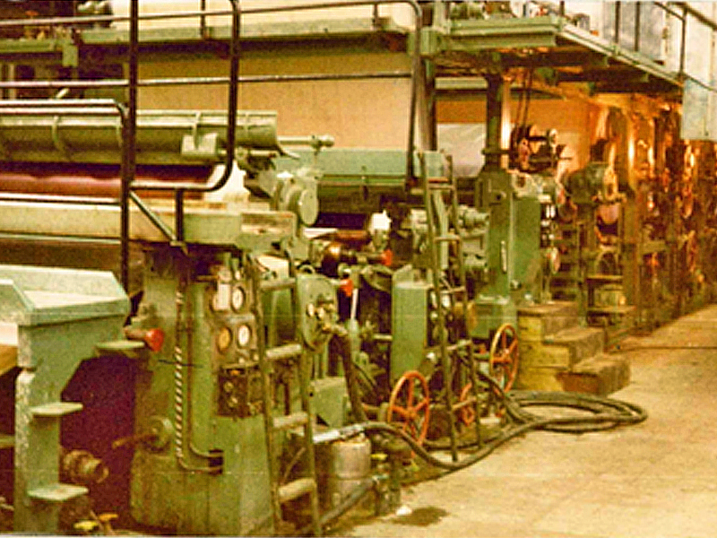 Rebuilding of 8 papermachines in Turkey in 1974