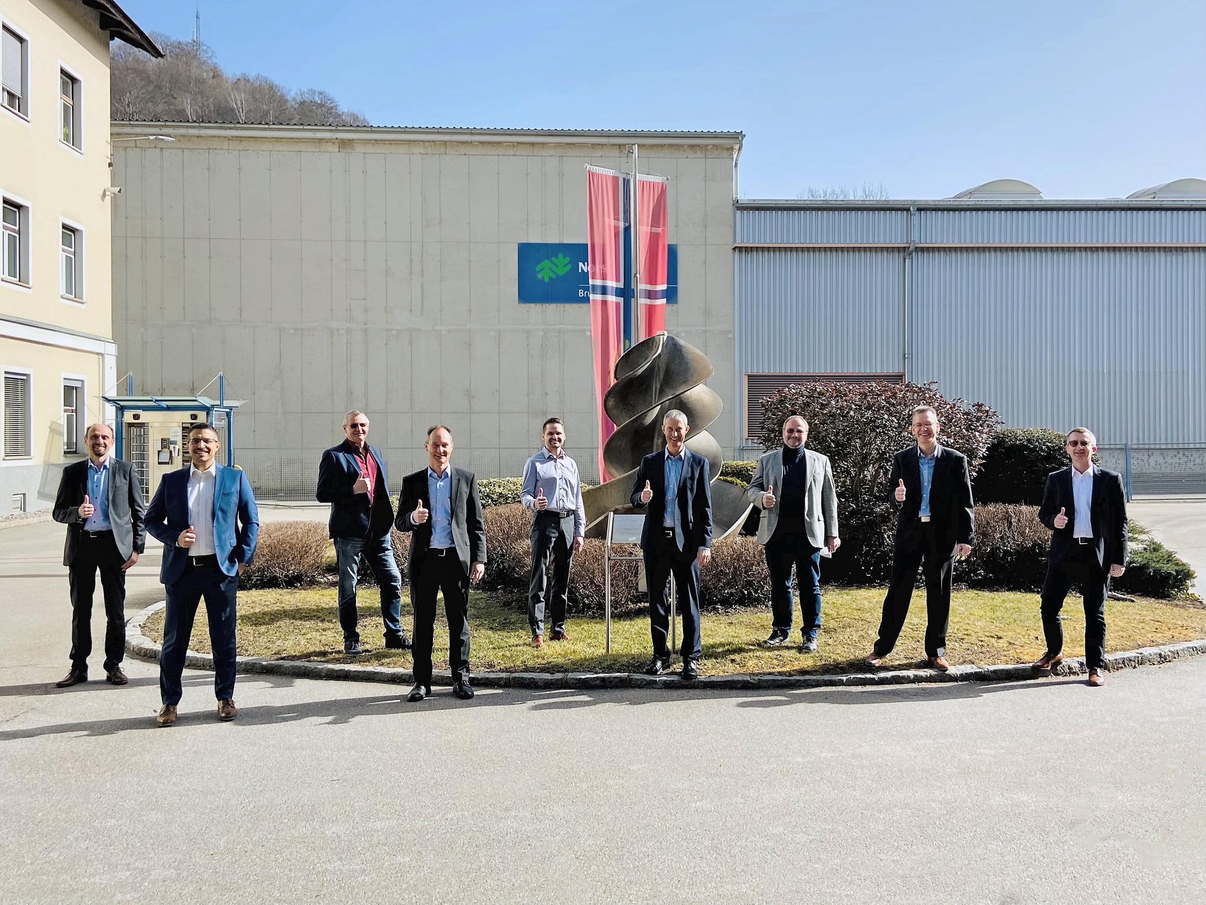 Bellmer and Norske Skog Team